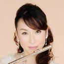 吉村 麻衣子の写真